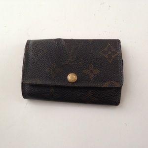 Louis Vuitton, Mono Brown 6-Hooks Key Case